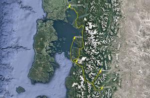 Extracto del mapa de la Región de Los Lagos, Chile, que muestra el tiempo de traslado entre Puerto Montt y las comunas de la Provincia de Palena.