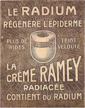 Publicidad de la Crème Radiacée Ramey que además de una piel aterciopelada y sin arrugas promete conseguir una regeneración epidérmica. http://media.topito.com/wp-content/uploads/2015/04/500x603xramey-e1295787652834.jpeg.pagespeed.ic_.G-sZwoBPZR.jpg.