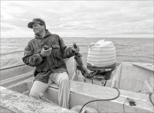 Pescador ribereño en la Laguna Ojo de Liebre. Reserva de la Biosfera El Vizcaíno. Autor: José-Manuel Crespo-Guerrero, archivo de trabajo de campo, julio de 2015