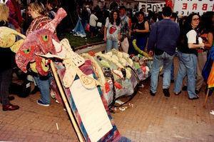 """El monstruo: """"Ridiculizar el fascismo"""" (10 de diciembre de 1996). Fuente: Archivo personal de Mónica Santino."""