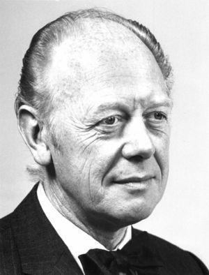 Profesor John Broklehurst.