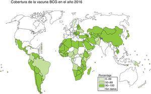 Cobertura de la vacuna BCG en el año 2016. El mapa indica el porcentaje de vacunación con BCG en los diferentes países. Fuente: WHO Global Tuberculosis Report 2017.