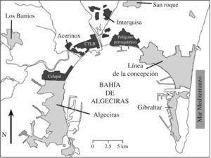 Mapa de la Bahía de Algeciras y ubicación de sus principales industrias. Modificada del Informe del CSIC: Diagnóstico de la situación ambiental del entorno del Campo de Gibraltar9. CTLB: Central Térmica Los Barrios. CELUPAL: actualmente Torraspapel.