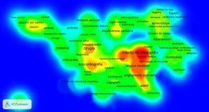 Mapa de densidad (1997-2006). Las zonas de mayor interconexión de palabras clave aparecen en colores próximos al rojo y las de menor interconexión, en colores próximos al verde. Esta figura se muestra a todo color solo en la versión electrónica del artículo.
