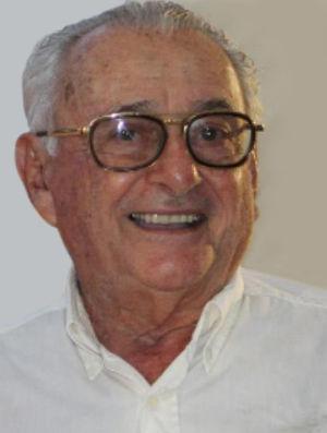 Dr. Zirelí de Oliveira Valença, Brazilian dermatologist who described the Zirelí sign for the clinical diagnosis of pityriasis versicolor.