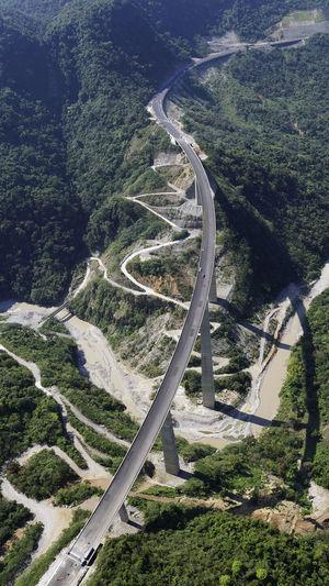 Vista general del camino de acceso al río por la ladera del lado MéxicoDF.