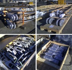 Tirantes de cable cerrado acopiados en obra y elementos de terminales activos de los tirantes.