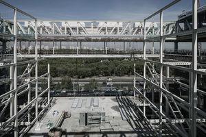 Imagen de la estructura del 'puente' norte terminada.