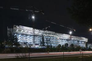Imagen nocturna de las obras.