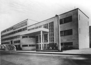 El primer Instituto Nacional de Cardiología de México 1944-1976.