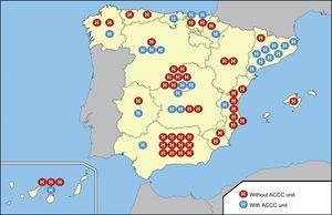 Distribution by Spanish autonomous community of cardiology departments with and without acute and critical cardiovascular care units. ACCC, acute and critical cardiovascular care.