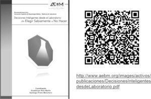 Portada del libro Decisiones inteligentes desde el laboratorio: de elegir sabiamente a no hacer publicado por AEBM. Se muestra código QR y dirección web para su descarga.