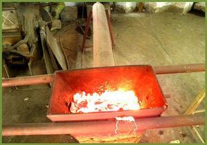 Top burning bed of sinter of laboratory grade sintering machine.