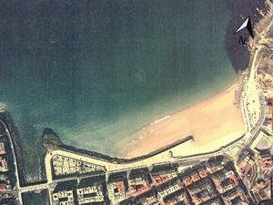 Playa de la Zurriola en 1989. Fuente: Ministerio de Obras Públicas y Urbanismo.