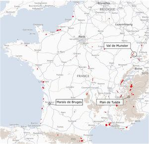 Map representing the current natural nature reserves (NNRs) in France. NNRs are shown in red, while the three case studies used for the qualitative analysis are indicated. The NNRs located in the Val de Munster area on the map are part of more recent NNR projects than the one studied in this article.